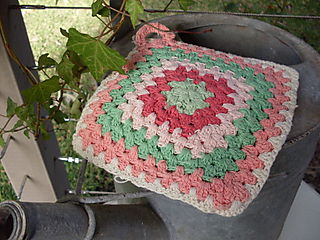 Crocheted potholder colour